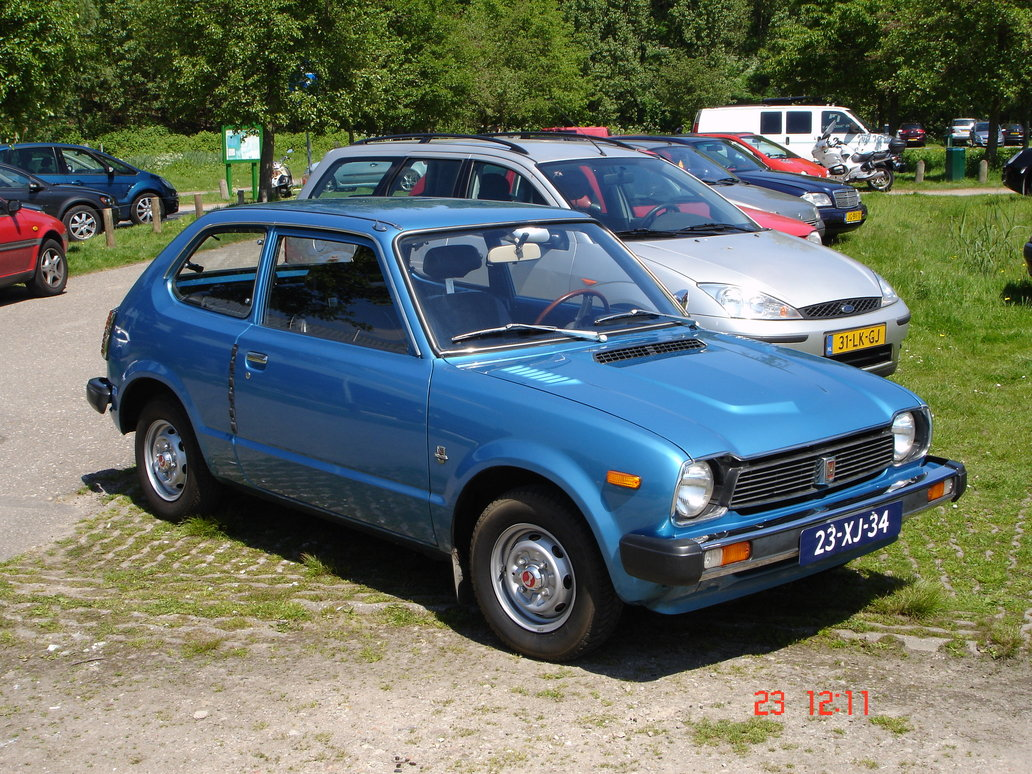 civic_mk1_1200_deluxe_1978_by_honda2love-d2yl8lp