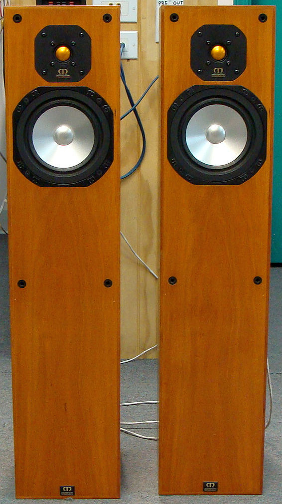 Innovative-Audio-Monitor-Audio-Studio-20se-fronts-no-grills